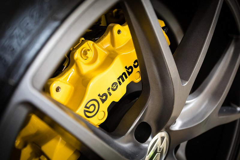 Brembo Brake Kit >> VW T5 & T6 Brembo Brake Kit Upgrade - New Wave Custom Conversions